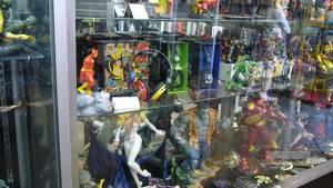 På Forbidden Planet finns det mesta i figurväg; Hulk, Blixten, Järnmannen - men vissa av dem kostar rätt rejält.
