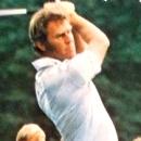Spelpappan spelar Tumba Golf